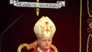 Geld für Bischöfe und Pfarrer