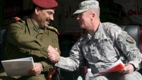 Iraker übernehmen von den Amerikanern Grüne Zone in Bagdad
