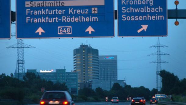 Finanzpolitik frankfurt erwägt dramatische senkung der gewerbesteuer