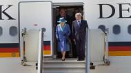 Queen fliegt von Berlin nach Frankfurt