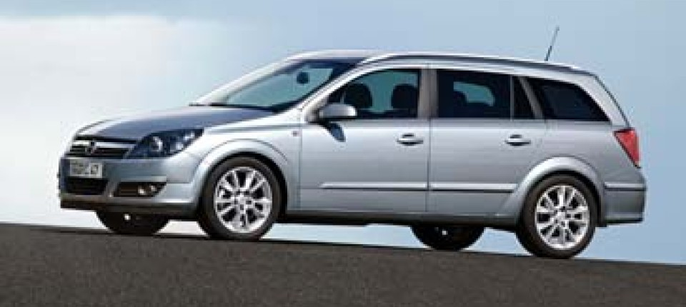 fahrtbericht opel astra caravan 1.9 cdti cosmo: das auto wächst mit
