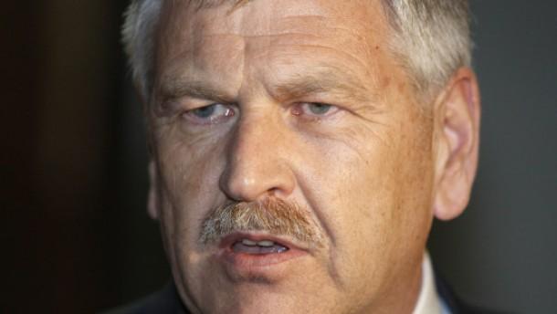 Udo Voigt als NPD-Chef wiedergewählt