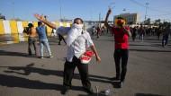 Tausende stürmen irakisches Regierungsviertel