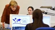 Merkel fordert engere Zusammenarbeit bei der Rückführung von Migranten