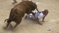 Erneut Verletzte bei Stierrennen
