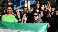 Iraner feiern Einigung auf Atom-Abkommen