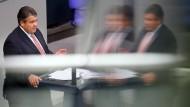 Sigmar Gabriel ist gegen Schäubles Steuersenkungen