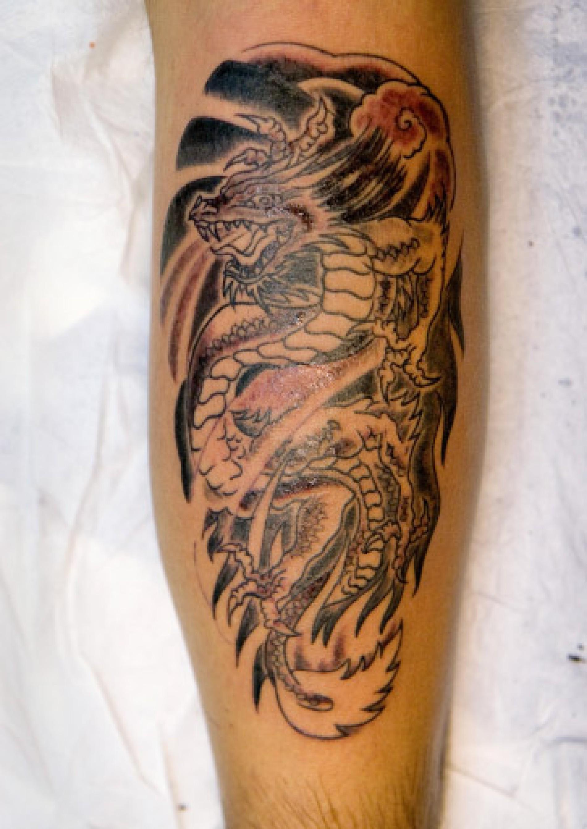 Mann vorlagen tattoo waden Tattoo Wade
