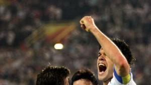 Podolski als Vorbild - Neuville hofft auf die EM