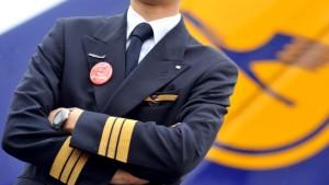 Piloten und Lufthansa wollen Streit-Schlichtung