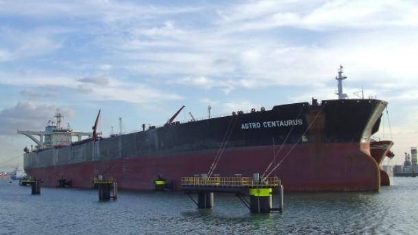 Millionen Lösegeld für griechischen Supertanker