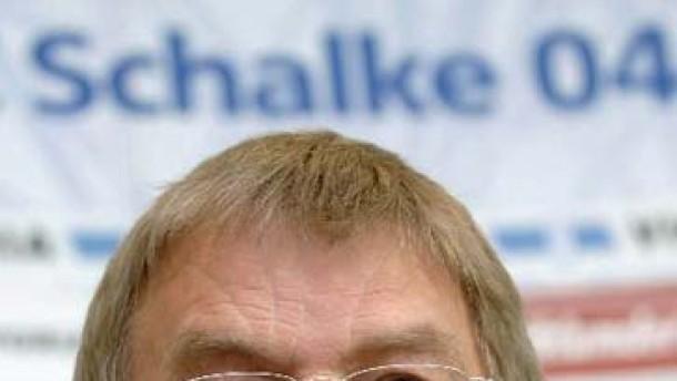 Bilanzpressekonferenz FC Schalke04 - Schnusenberg