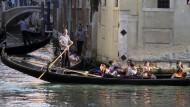 Mit der Gondel Venedig entdecken