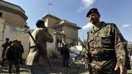 Attentäter zündet Sprengstoff vor iranischer Botschaft