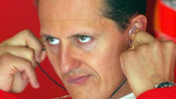 Schumacher in der Qualifikation klar vorne