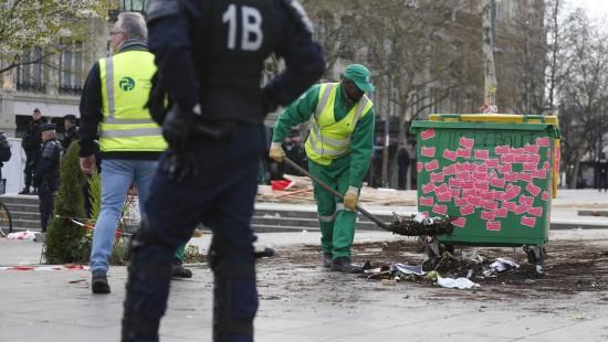"Polizei räumt ""Nuit debout""- Camp in Paris"