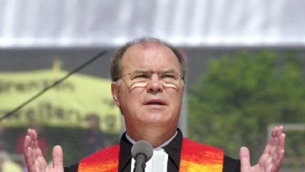 Drei Männer wollen Kirchenpräsident werden