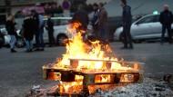 Wütende Taxifahrer blockieren erneut Paris