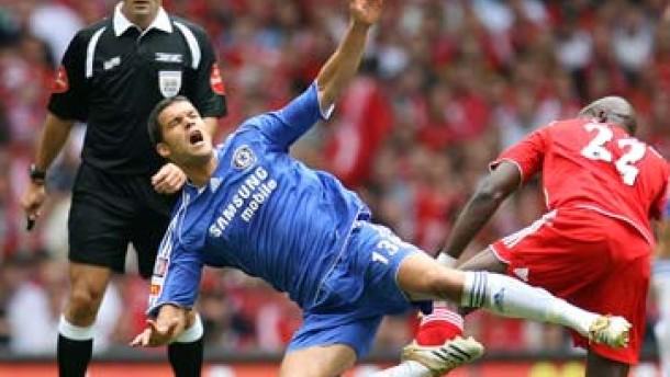 Chelsea verliert ohne verletzten Ballack