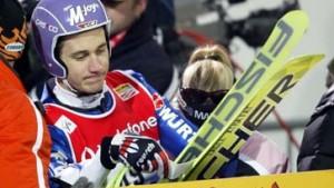 Schmitt raus, Ahonen vor Triumph