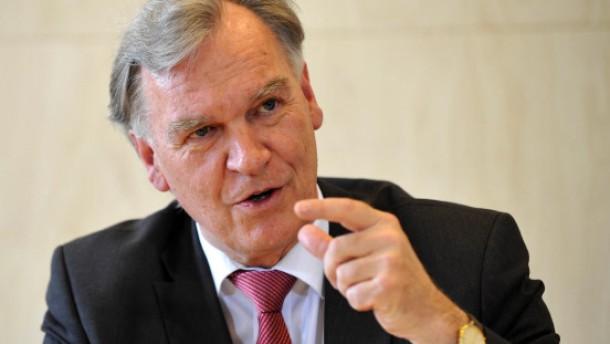 Ziercke bestätigt Einsatz eines britischen Spitzels