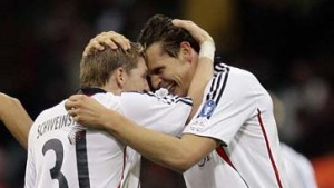Stürmer van Buyten lässt die Bayern träumen