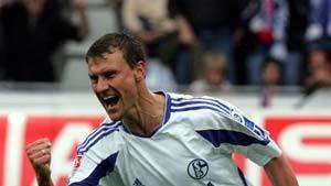Sand verläßt Schalke 2006 und wird Manager