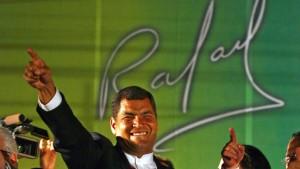 Correa feiert Sieg in Ecuador