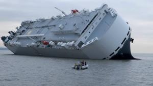 Kapitän setzt Frachter absichtlich auf Grund