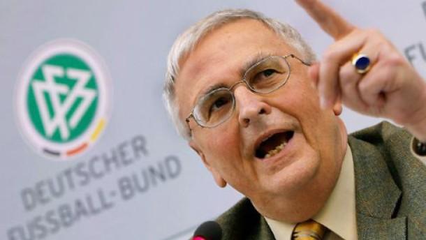 DFB: Baumert soll Namen und Fakten nennen