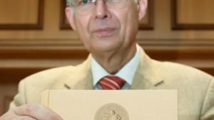 Kirchhof wirbt für seine Steuerreform