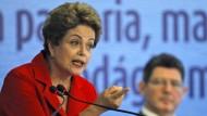 Roussef nennt mögliche Amtsenthebung Putsch