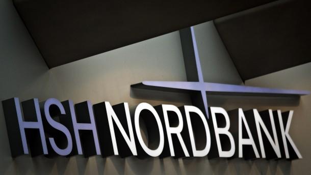 Die HSH Nordbank streicht jeden dritten Arbeitsplatz