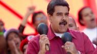 Maduro ruft nach Trumps Drohung zu Militärübungen auf