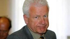 Teilerfolg für früheren HR-Sportchef Emig vor Arbeitsgericht