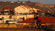 Parlament billigt nachträglich 4000 Siedlerwohnungen
