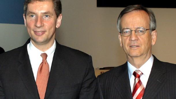Siemens verlangt Schadenersatz von ehemaligen Vorständen