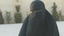 Die britische Islamistin Khadijah Dare in einem Fernsehbericht