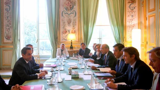 Frankreich will neue Sparmaßnahmen beschließen