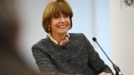 Kölns Oberbürgermeisterin Reker meldet sich zum Dienst