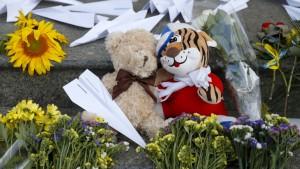 Trauer um die Opfer des Absturzes von MH17
