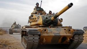Auch Syrien schickt Truppen an Grenze zur Türkei