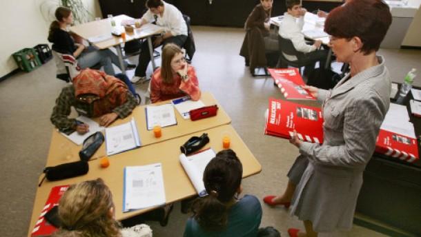 o.camps erfolgreich: Viele Schüler schaffen noch Versetzung