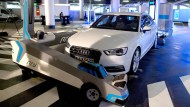 Roboter Ray parkt Autos ein