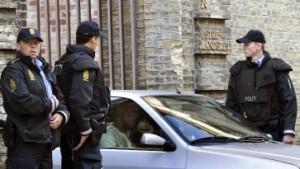 """""""Bubenstreich"""": Polizei evakuiert Wohnblöcke"""