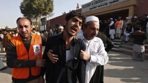 Mindestens zehn Tote bei Anschlag auf Moschee