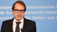 Dobrindt bestätigt: Kopilot ließ Germanwings-Maschine abstürzen