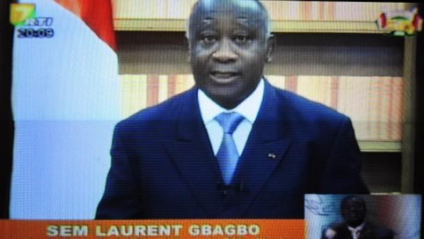 """Gbagbo droht mit """"Bürgerkrieg"""""""