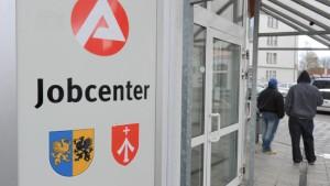 Bundestag für Jobcenter-Reform