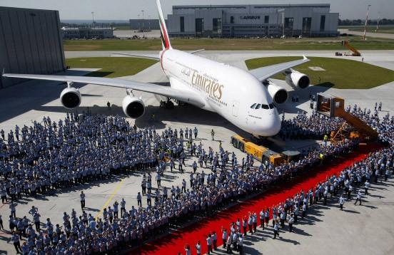 A380 an Emirates ausgeliefert Endlich Die Dusche über